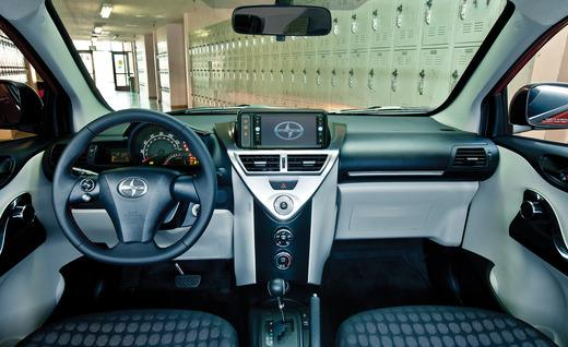 Scion Iq Interior Photo