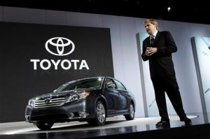 Toyota Senior VP Bob Carter